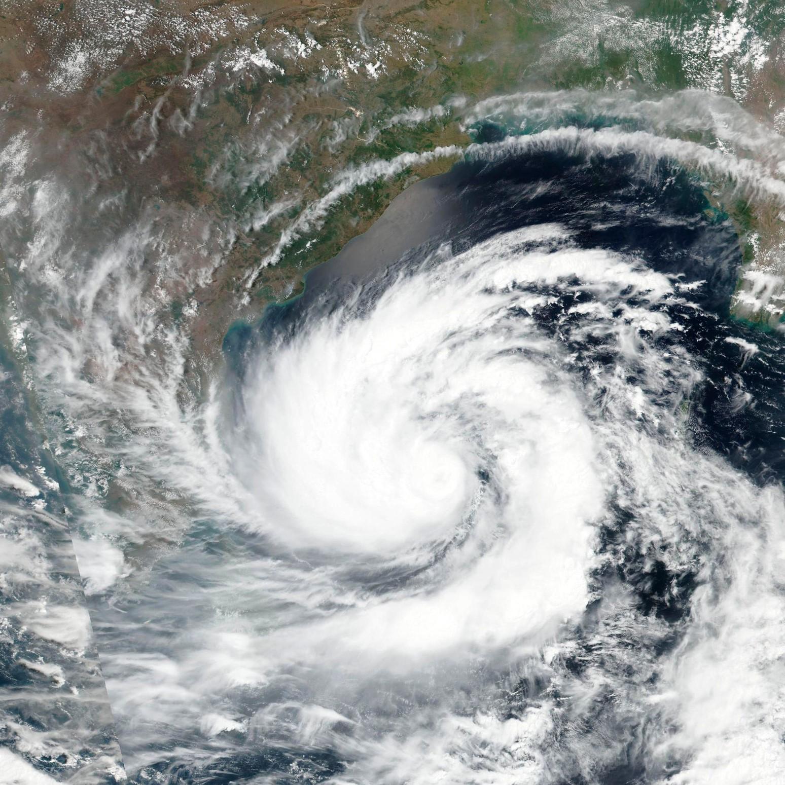 На Индию обрушился циклон Амфан